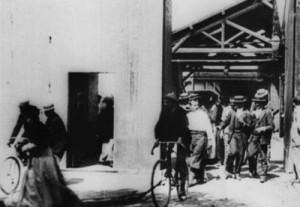 Arbetarna lämnar fabriken, den första film som gjorts.