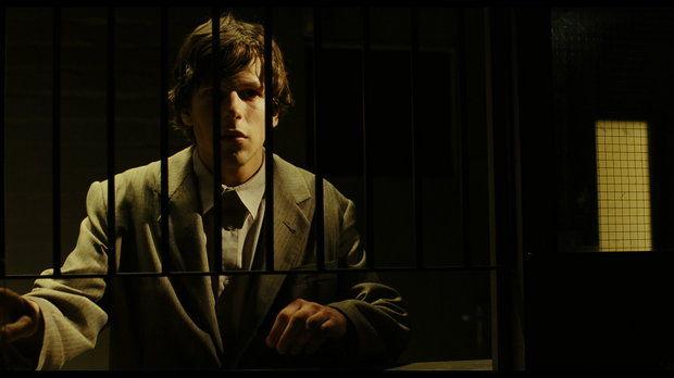 Jesse Eisenberg är som född för rollen/rollerna.